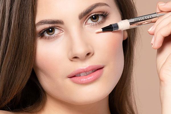 Corrector de maquillaje