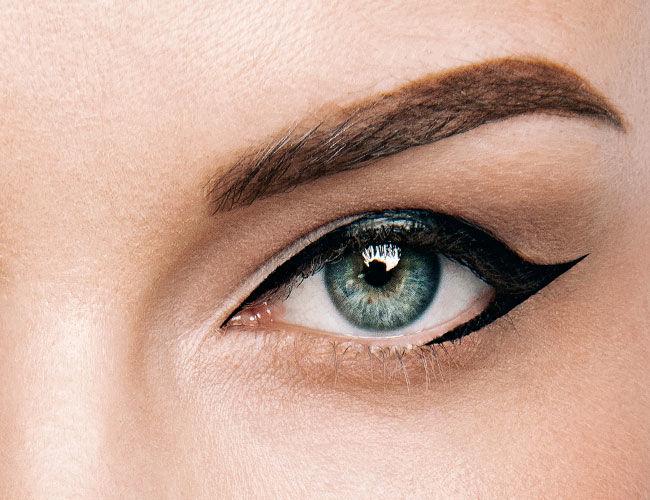 Virgule: Wing Eyeliner
