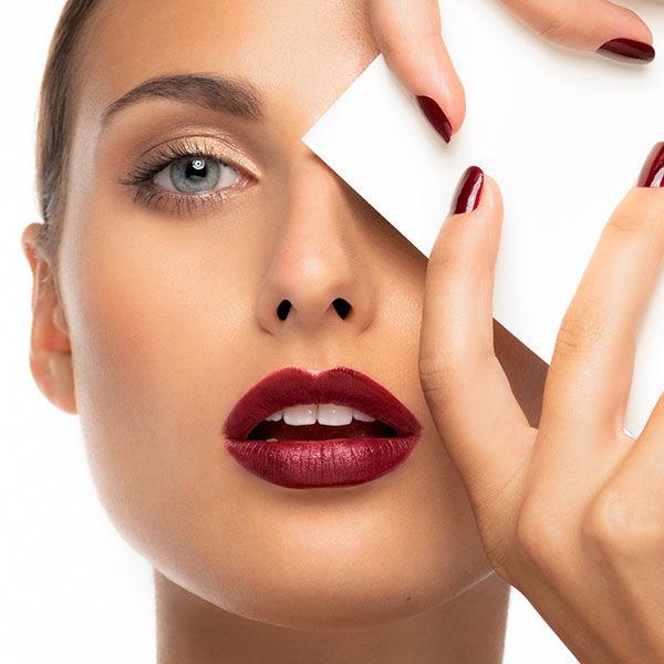 End-Look des perfekte Lippen Schminktipps von Artdeco